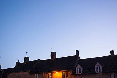 Schornsteine im Abendlicht - p1057m851552 von Stephen Shepherd