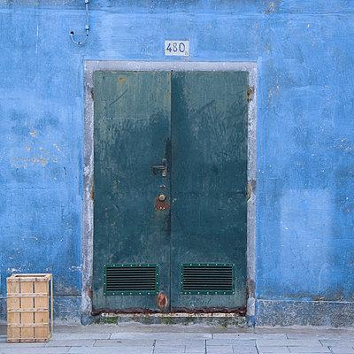 Door of Venice building exterior. - p8552311 by Mike Burton