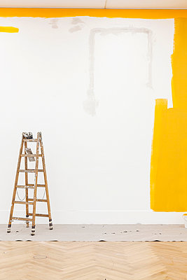 Paint the wall - p834m885749 by Jakob Börner