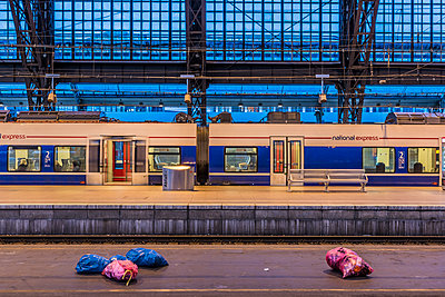 Railway track - p401m2184697 by Frank Baquet