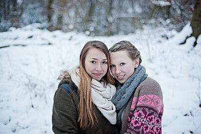 Best friends - p586m766975 by Kniel Synnatzschke