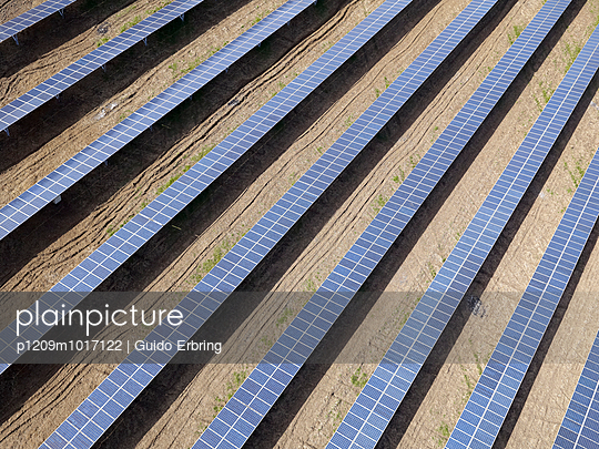 Solar energy - p1209m1017122 by Guido Erbring