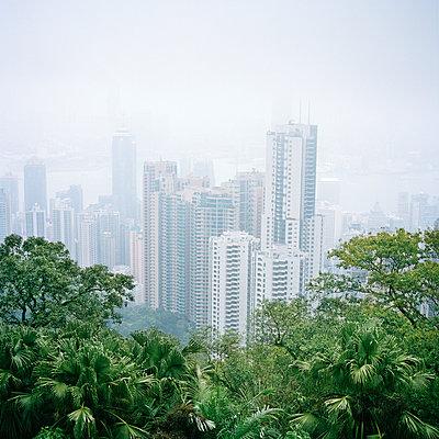 Victoria-Peak Hong-Kong China - p1097m899913 by Mélanie Bahuon