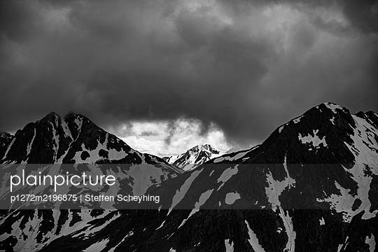 Swiss Mountains - p1272m2196875 by Steffen Scheyhing