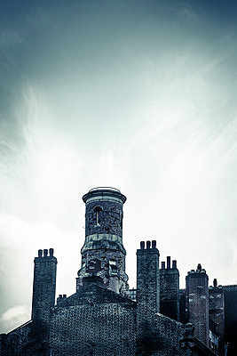 Victorian building with chimneys - p1170m1208243 by Bjanka Kadic