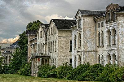 Old mansion - p974m661405 by Volker Banken
