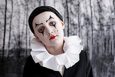 Kleiner Pierrot an Fasching - p9410003 von lina gruen