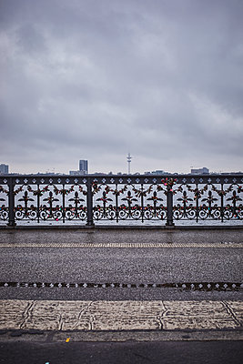Hamburg skyline seen from bridge over Alster river - p1573m2231691 by Christian Bendel