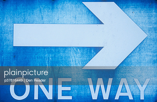 Faded one way sign - p37816449 by Den Reader