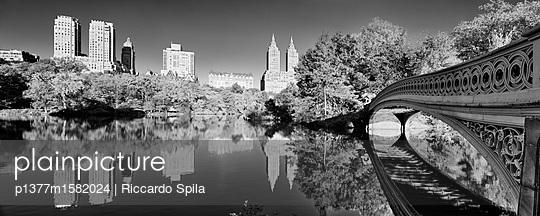 p1377m1582024 von Riccardo Spila
