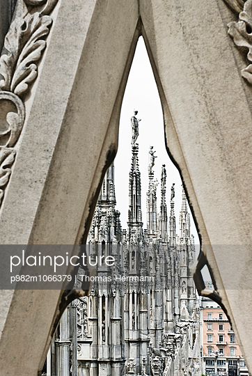 Cathedral of Milano - p982m1066379 by Thomas Herrmann