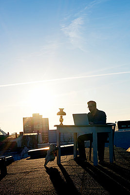 Desk on roof - p1076m1002984 by TOBSN