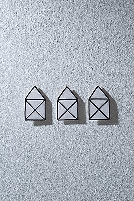 Papierhäuser - p1149m1171019 von Yvonne Röder