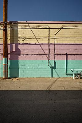 Rückseite des abgerissenen Tod Motor Hotel in Las Vegas - p1525m2099169 von Hergen Schimpf