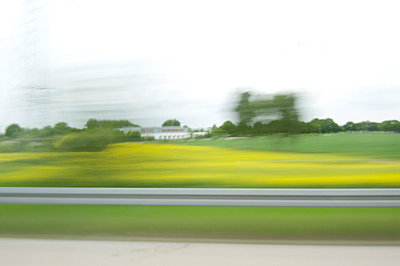 Blurred landscape - p4010683 by Frank Baquet