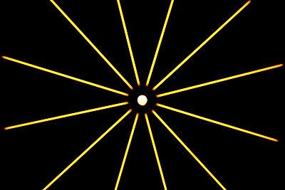 Leuchtstern - p1268m1093912 von Mastahkid