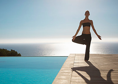 Yoga - p6691566 by Jutta Klee photography