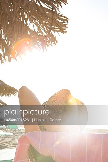 Relaxing - p454m2015261 by Lubitz + Dorner