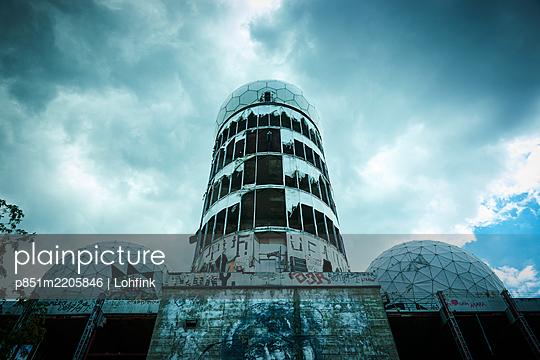 Ehemalige Radarstation auf dem Teufelsberg, Berlin - p851m2205846 von Lohfink