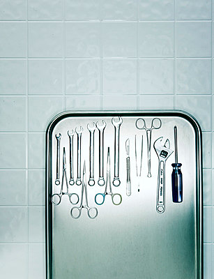 Surgical instruments  - p3940213 by Stephen Webster