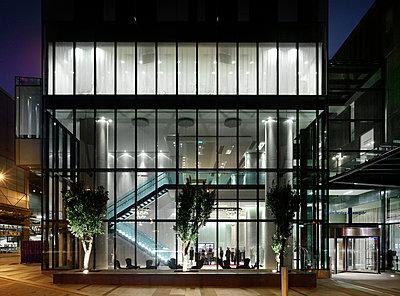 Hilton Tower, 303 Deansgate, Manchester. - p8550723 by Daniel Hopkinson