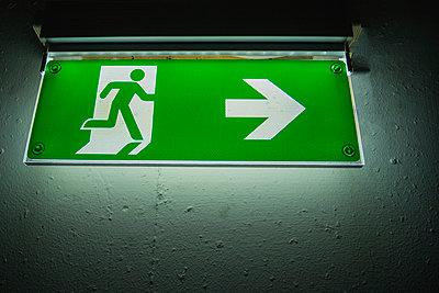 Emergency exit sign  - p1418m1571898 by Jan Håkan Dahlström