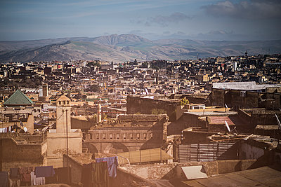The city of Fès - p1007m2092402 by Tilby Vattard
