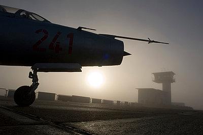 Kampfflugzeug, MIG 19 - p1016m1025675 von Jochen Knobloch