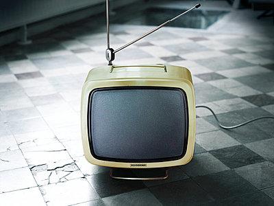 Alter kleiner Fernseher - p5670825 von ofoulon