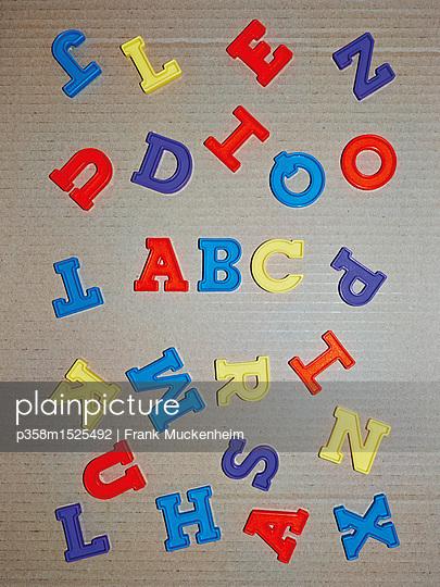 Das ABC - p358m1525492 von Frank Muckenheim