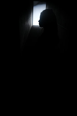 Child in the cellar - p945m2134139 by aurelia frey