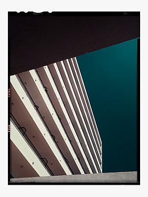 p1342m1332645 by Sebastian Burgold