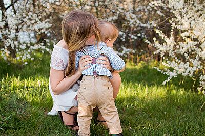 Mutter und Sohn - p796m1550308 von Andrea Gottowik