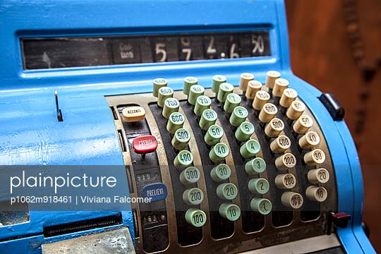 Alte Kasse - p1062m918461 von Viviana Falcomer