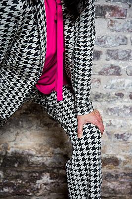 Suit, Shepherd's check pattern - p1621m2228872 by Anke Doerschlen