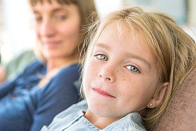Mutter und Tochter - p1156m1591794 von miep