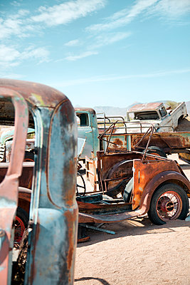 Junk yard with wrecked cars - p1248m1159868 by miguel sobreira