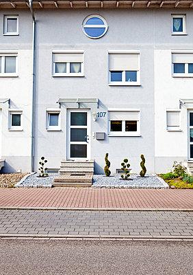Reihenhaus - p1299m1486988 von Boris Schmalenberger