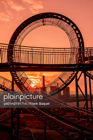 Tiger & Turtle Magic Mountain Duisburg - p401m2191714 by Frank Baquet