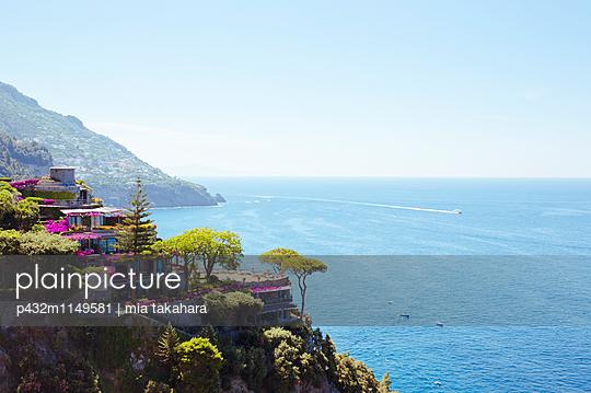 Blick auf Golf von Salerno - p432m1149581 von mia takahara