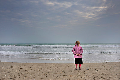 Mädchen - p8290252 von Régis Domergue