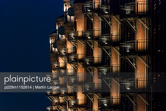 Handelshaus, Hamburg - p229m1152614 von Martin Langer