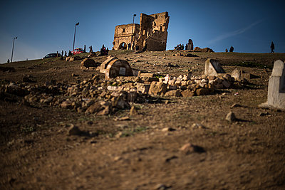 Marinid Tombs - p1007m2092410 by Tilby Vattard
