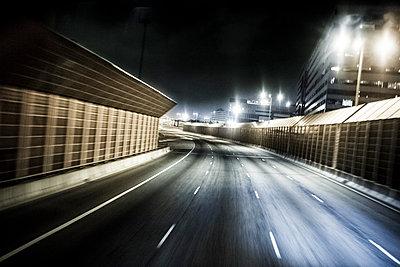 Hongkong Autobahn - p1202m1061242 von Jörg Schwalfenberg