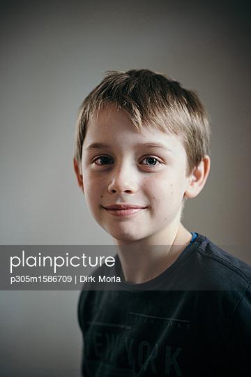 Portrait of boy - p305m1586709 by Dirk Morla