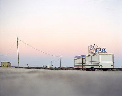 Verlassene Verkaufswagen - p2280379 von photocake.de