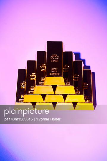 Goldbarren - p1149m1589515 von Yvonne Röder