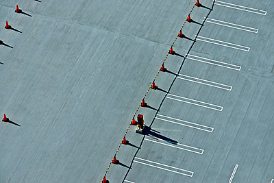 Parking lot from above - p307m826863f by Hidetsugu Mori
