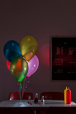Cafe & Balloons - p504m851014 by JulianWard