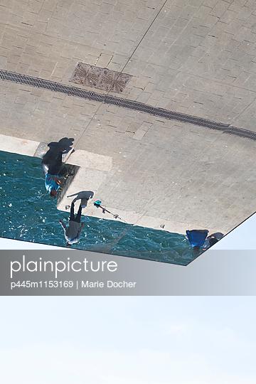 p445m1153169 von Marie Docher